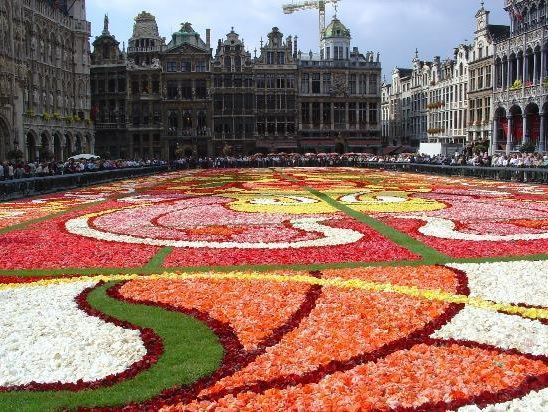 Top 5 places to visit in brussels guess this city - Office de tourisme bruxelles grand place ...